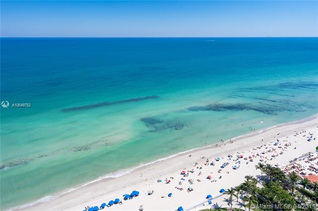 19333 Collins Ave #2705, Sunny Isles Beach, FL 33160 (MLS #A10649782) :: The Riley Smith Group