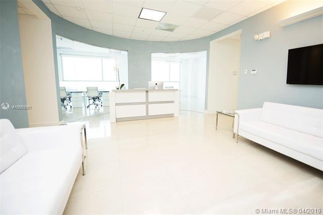 175 SW 7th St #2201, Miami, FL 33130 (MLS #A10650051) :: Green Realty Properties