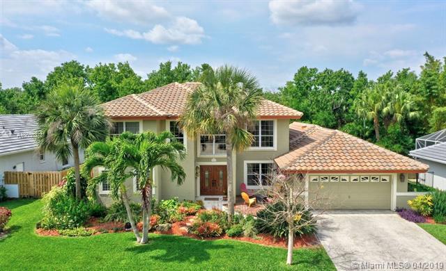 206 Longshore Drive, Jupiter, FL 33458 (MLS #A10650373) :: Green Realty Properties