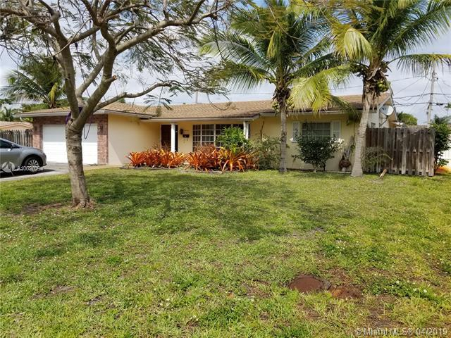 5240 NE 14th Ter, Fort Lauderdale, FL 33334 (MLS #A10650594) :: The Paiz Group