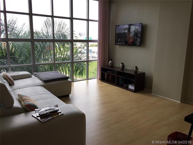 3451 NE 1 Ave M403, Miami, FL 33137 (MLS #A10651306) :: The Brickell Scoop