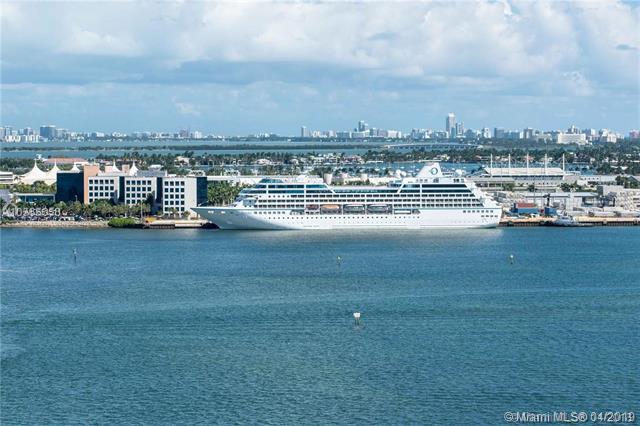 800 Claughton Island Dr #903, Miami, FL 33131 (MLS #A10651511) :: The Riley Smith Group
