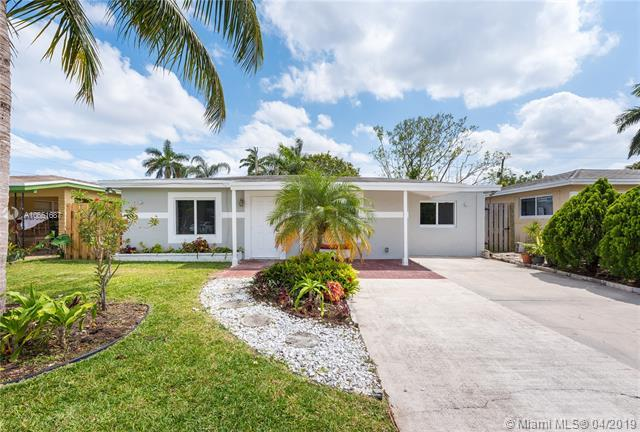 348 NW 46th St, Oakland Park, FL 33309 (MLS #A10651687) :: The Riley Smith Group