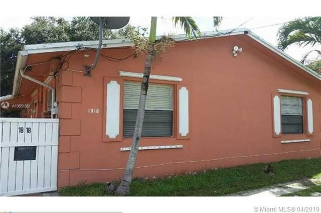 1818 SW 22nd St, Fort Lauderdale, FL 33315 (MLS #A10651851) :: The Teri Arbogast Team at Keller Williams Partners SW