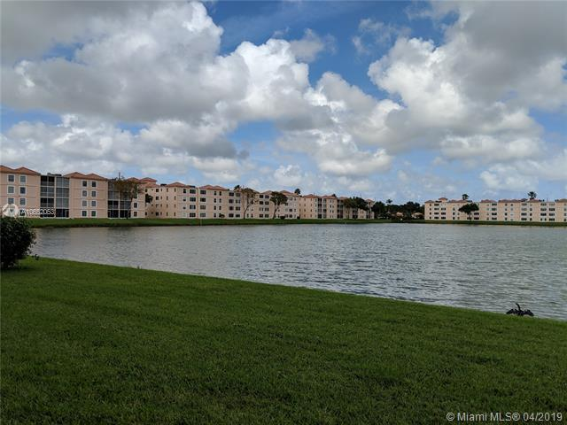 14096 Huntington Pointe Dr #110, Delray Beach, FL 33484 (MLS #A10652053) :: The Paiz Group
