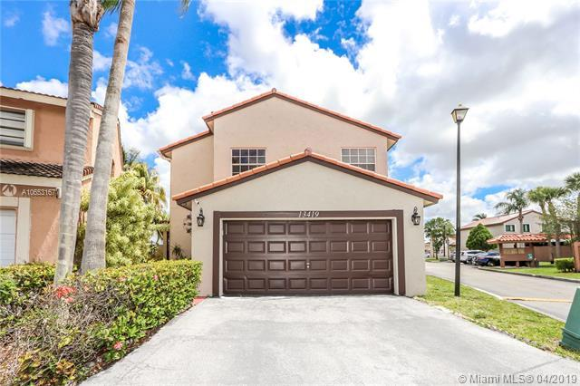 13419 SW 8th Ln, Miami, FL 33184 (MLS #A10653167) :: The Erice Group