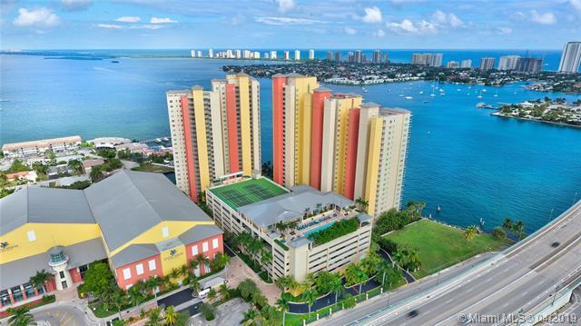 2650 Lake Shore Dr #206, Riviera Beach, FL 33404 (MLS #A10653386) :: The Paiz Group