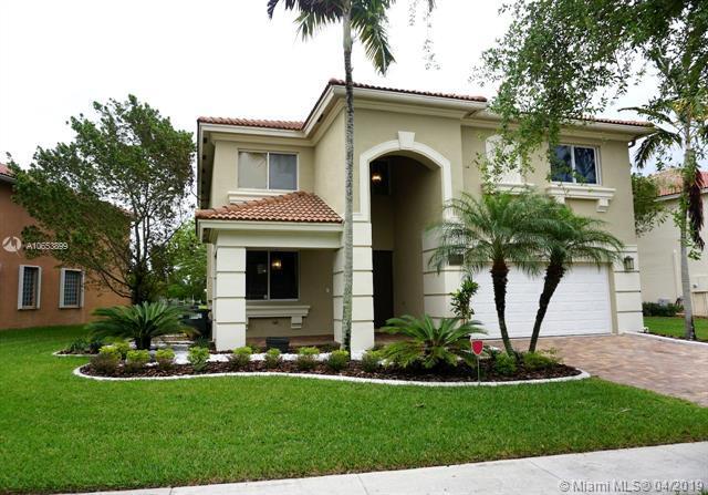 650 Gazetta Way, West Palm Beach, FL 33413 (MLS #A10653899) :: The Paiz Group