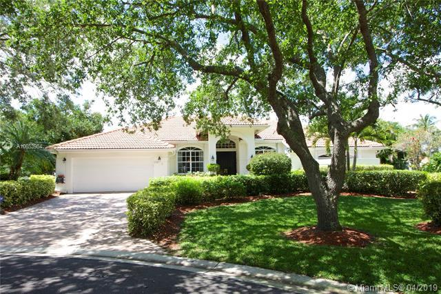134 Gothic Cir, Jupiter, FL 33458 (MLS #A10653984) :: Green Realty Properties