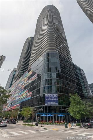 45 SW 9th St #1006, Miami, FL 33130 (MLS #A10654095) :: Grove Properties