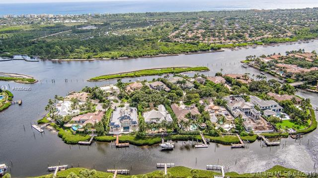 228 Commodore Dr, Jupiter, FL 33477 (MLS #A10654290) :: RE/MAX Presidential Real Estate Group