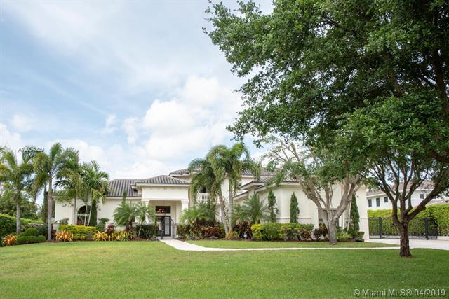 11591 NW 6th Pl, Plantation, FL 33325 (MLS #A10654339) :: The Teri Arbogast Team at Keller Williams Partners SW