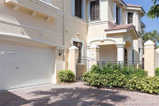 1614 Passion Vine Cir 29-2, Weston, FL 33326 (MLS #A10654445) :: The Paiz Group