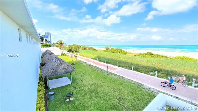 5601 Collins Ave #414, Miami Beach, FL 33140 (MLS #A10654791) :: The Paiz Group