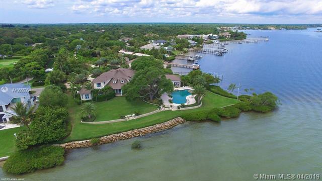 5241 Pennock Point Rd, Jupiter, FL 33458 (MLS #A10655084) :: Green Realty Properties