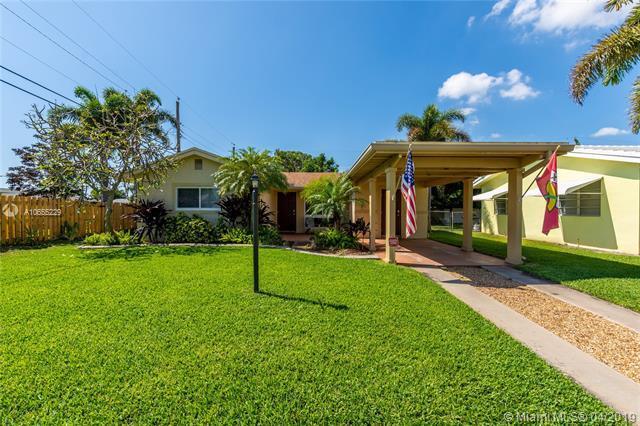 490 NE 34th St, Boca Raton, FL 33431 (MLS #A10655229) :: The Riley Smith Group