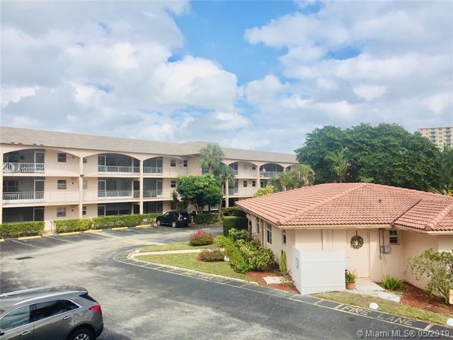 501 Blue Heron Dr 308-A, Hallandale, FL 33009 (MLS #A10655535) :: The Rose Harris Group