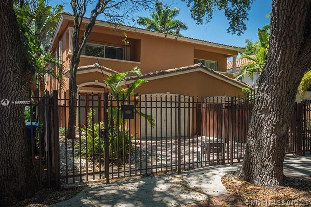 3282 Gifford Ln #3282, Miami, FL 33133 (MLS #A10655837) :: The Brickell Scoop