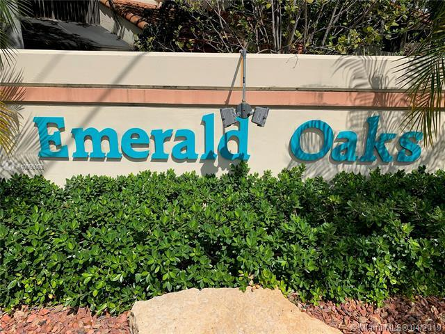 3402 Emerald Oaks Dr #802, Hollywood, FL 33021 (MLS #A10656052) :: The Paiz Group