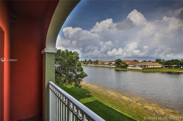 11001 NW 83rd St #210, Doral, FL 33178 (MLS #A10656231) :: The Paiz Group