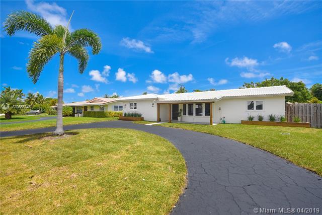 5712 NE 16 Ave, Fort Lauderdale, FL 33334 (MLS #A10656345) :: The Paiz Group