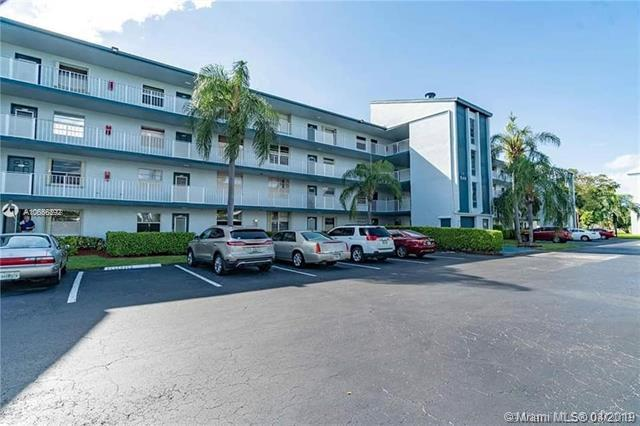 7680 NW 18th St #203, Margate, FL 33063 (MLS #A10656392) :: The Riley Smith Group