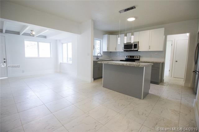 2610 SW 13th Ave, Fort Lauderdale, FL 33315 (MLS #A10656562) :: EWM Realty International