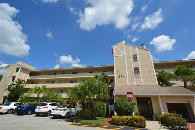 7267 Huntington Ln #404, Delray Beach, FL 33446 (MLS #A10656874) :: The Paiz Group