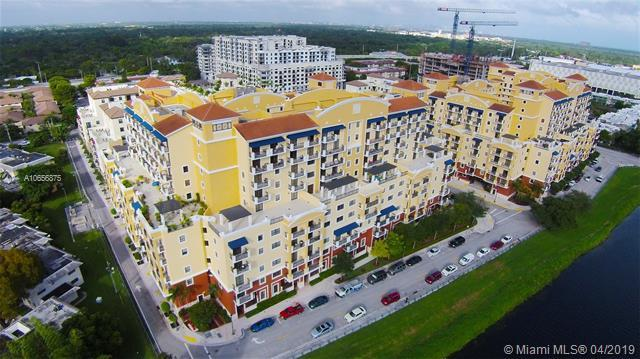 8390 SW 72 #504, Miami, FL 33143 (MLS #A10656875) :: The Riley Smith Group