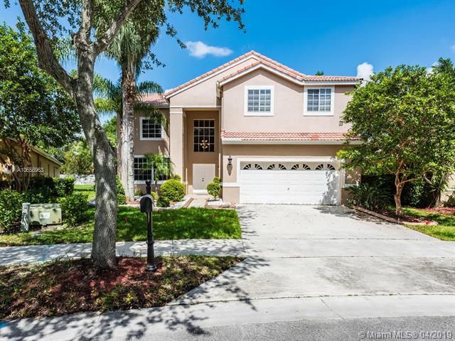 584 Cambridge Dr, Weston, FL 33326 (MLS #A10656963) :: RE/MAX Presidential Real Estate Group