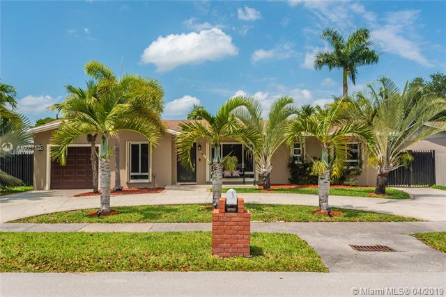 8943 SW 178th Ter, Palmetto Bay, FL 33157 (MLS #A10657125) :: Grove Properties