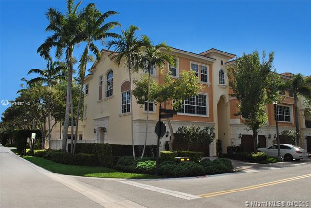 616 NE Venezia Ln #616, Boca Raton, FL 33487 (MLS #A10657142) :: The Paiz Group
