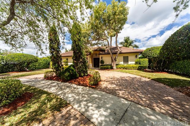 1175 Garfield St, Hollywood, FL 33019 (MLS #A10657343) :: The Riley Smith Group