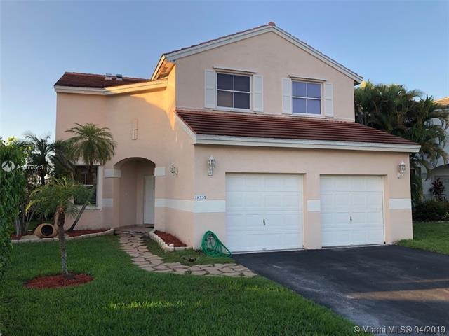 18537 NW 19th St, Pembroke Pines, FL 33029 (MLS #A10657513) :: The Riley Smith Group