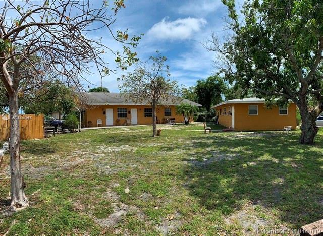 240 NW 12th St, Pompano Beach, FL 33060 (MLS #A10657698) :: The Paiz Group