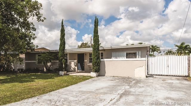 5464 SW 90th Ct, Miami, FL 33165 (MLS #A10657730) :: The Paiz Group