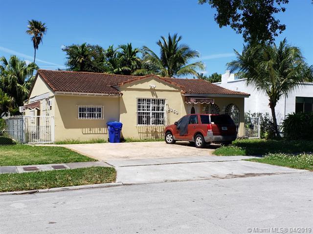 2253 SW 25th St, Miami, FL 33133 (MLS #A10657871) :: Berkshire Hathaway HomeServices EWM Realty