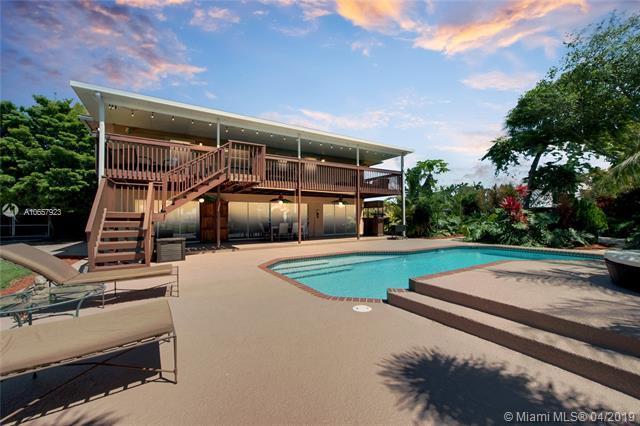 17534 SW 83rd Ct, Palmetto Bay, FL 33157 (MLS #A10657923) :: Grove Properties