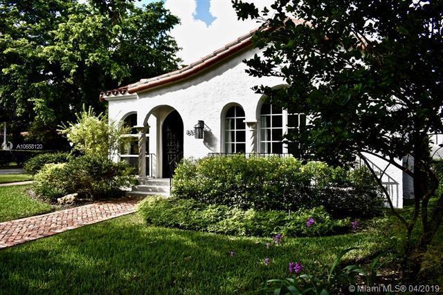 837 Obispo Ave, Coral Gables, FL 33134 (MLS #A10658120) :: The Brickell Scoop