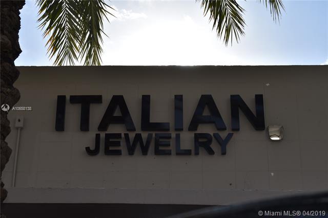 9482 Harding, Surfside, FL 33154 (MLS #A10658138) :: Miami Villa Group