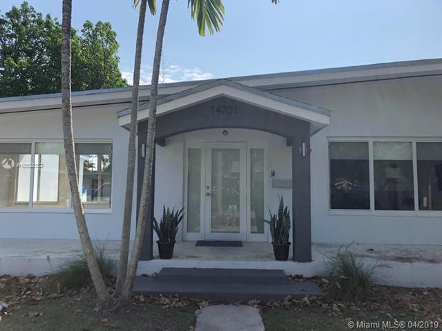 14701 SW 87th Ct, Palmetto Bay, FL 33176 (MLS #A10658302) :: Grove Properties
