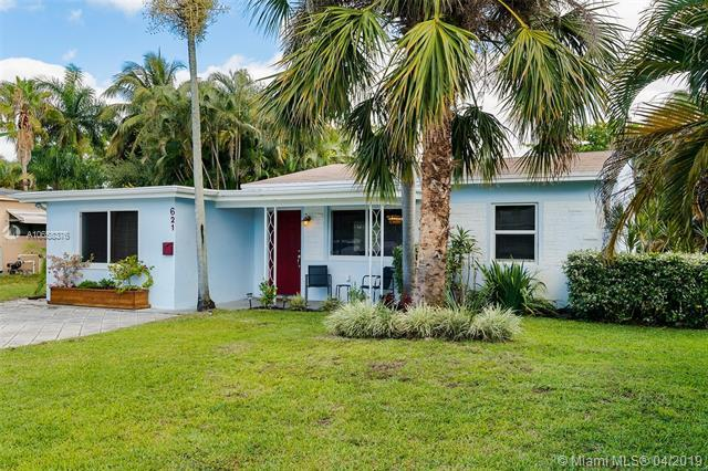 621 NW 37th St, Oakland Park, FL 33309 (MLS #A10658376) :: Castelli Real Estate Services