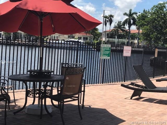 Hallandale, FL 33009 :: The Paiz Group