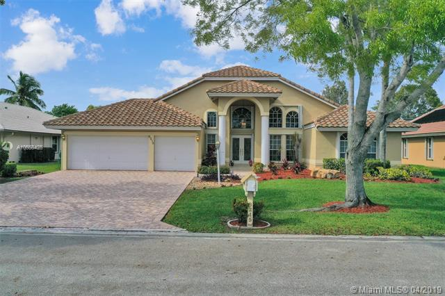 8215 NW 41st St, Coral Springs, FL 33065 (MLS #A10658428) :: The Paiz Group