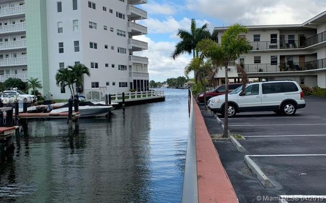 3177 S Ocean Dr #313, Hallandale, FL 33009 (MLS #A10658502) :: The Riley Smith Group
