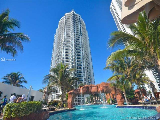 18001 Collins Ave #1012, Sunny Isles Beach, FL 33160 (MLS #A10658515) :: The Teri Arbogast Team at Keller Williams Partners SW