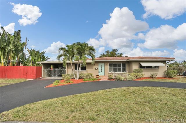 820 SE 2nd Ter, Pompano Beach, FL 33060 (MLS #A10658523) :: The Riley Smith Group