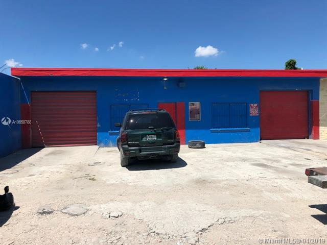 13980 NW 20th Ave, Opa-Locka, FL 33054 (MLS #A10658788) :: The Riley Smith Group