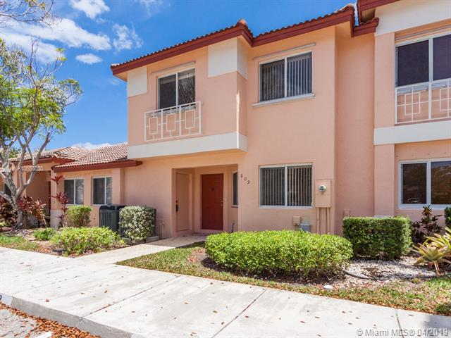 609 NW 208th Way #609, Pembroke Pines, FL 33029 (MLS #A10658830) :: The Brickell Scoop