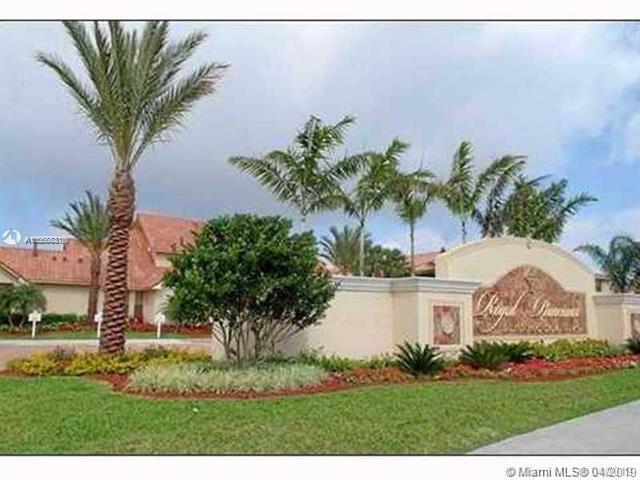 1261 SW 46th Ave #2002, Pompano Beach, FL 33069 (MLS #A10658831) :: Laurie Finkelstein Reader Team